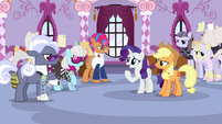 Rarity intervenes in the belt argument S7E9