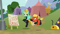 "Short Fuse ""you're really workin' hard"" S8E20"