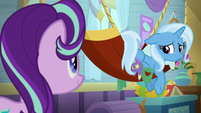 Trixie looking pitifully at Starlight Glimmer S9E20