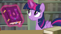 Twilight -could lead us to the location of the keys- S4E25