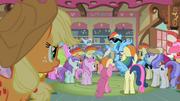 Applejack looking at famous Rainbow Dash S2E8