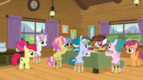 Cutie Mark Day Campers at jam-making table S7E21