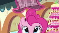 Detective hat about to go on Pinkie's head S2E24