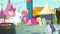 Pinkie jumps onto high striker S4E23.png