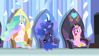 Princess Luna yawning S4E24