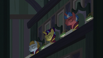 Right side of EEA council nodding their heads S8E1