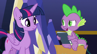 "Spike ""I already read this one"" S9E26"