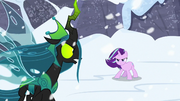 Starlight appears behind Chrysalis again S9E24