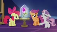 "Sweetie Belle ""in Appleloosa right now"" S9E22"