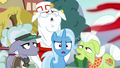 Anger-infected ponies return to normal S7E2.png