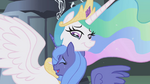 Celestia hugging Luna S1E2