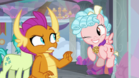 Cozy Glow winking at Smolder S8E25