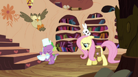 Fluttershy walking with Spike S3E11