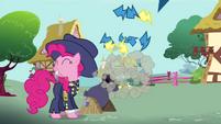 Pinkie Pie firing cannon S4E21