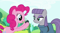 Pinkie Pie showing a rock to Maud S4E18