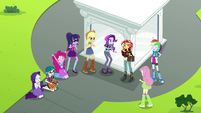 Starlight, Juniper, and Mane Seven cheering happily EGS3