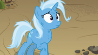 Trixie looking up at Hoo'Far S8E19
