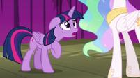 Twilight Sparkle apologizing to Celestia S8E7