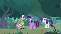 Twilight asking Spike about the molt S8E11