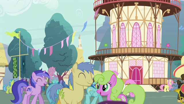 File:View of Ponyville Crowd S04E16.png