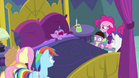 Baby Twilight Sparkle starts crying MLPS2
