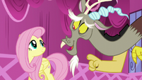 Discord pointing at Fluttershy S5E22