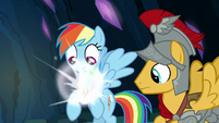 Element of loyalty binding to Rainbow Dash S7E26