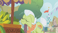 Granny Smith sniffing the produce S1E05.png