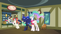 Luna and Celestia at the post office S9E13