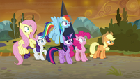 Mane Six look at the Sombrafied forces S9E2