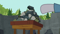 Maud Pie adds another rock to her rock pile S7E4