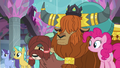 Pinkie Pie and yaks listening to Twilight S8E1.png