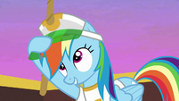 Rainbow Dash putting on her visor S8E5