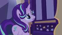 Starlight Glimmer hears Trixie's weird sleeptalk S6E25