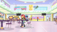 Sunset Shimmer sitting alone in the food court EGS3