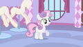 Sweetie Belle offering Rarity her help S1E17.png