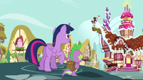 Twilight and Spike looks behind S5E22