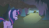Twilight leaving the cave S1E07
