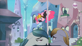 Bouncing Pinkie S3E1.png