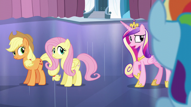 """File:Cadance """"And try not to mention the Crystal Heart"""" S6E2.png"""