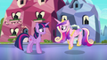 Cadance doing the Sunshine, Sunshine dance S6E16.png