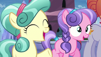Crystal fillies cheering for Spike S6E1