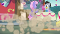 Cutie Mark Crusaders split up at high-speed S8E10.png