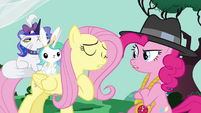 Fluttershy and Pinkie arguing S4E21