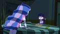 Luna interrogating Twilight EG.png