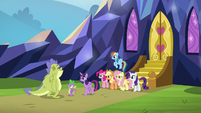 Mane Six, Spike, and Sludge outside castle S8E24