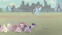 Mane Six moving leisurely S5E2