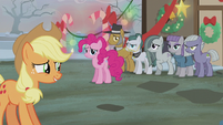 Pie family displeased S5E20
