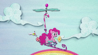 Pinkie Pie flying on a whirligig BFHHS3