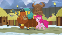 Pinkie and Prince Rutherford walking together S7E11
